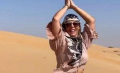 Carla Perez surpreende web ao postar vídeo 'ralando o tchan', em Dubai