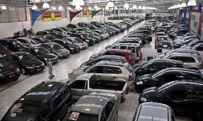 Imagem de uma agência de automóveis