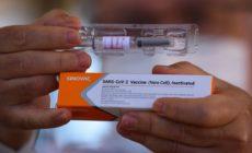 Instituto Butantan anuncia paralisação na produção da Coronavac