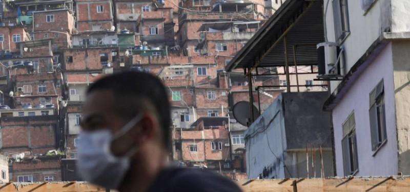 Covid comunidades Rio