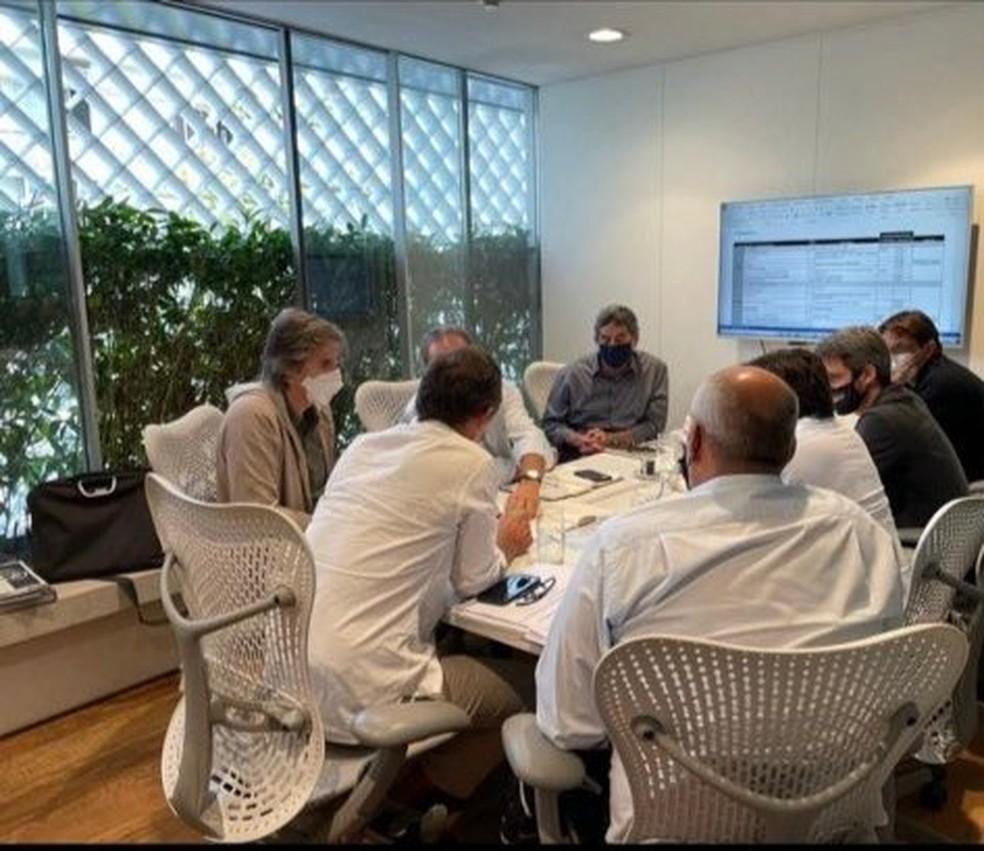 Reunião entre diretoria, empresa e Moreira Salles sobre CT do Botafogo
