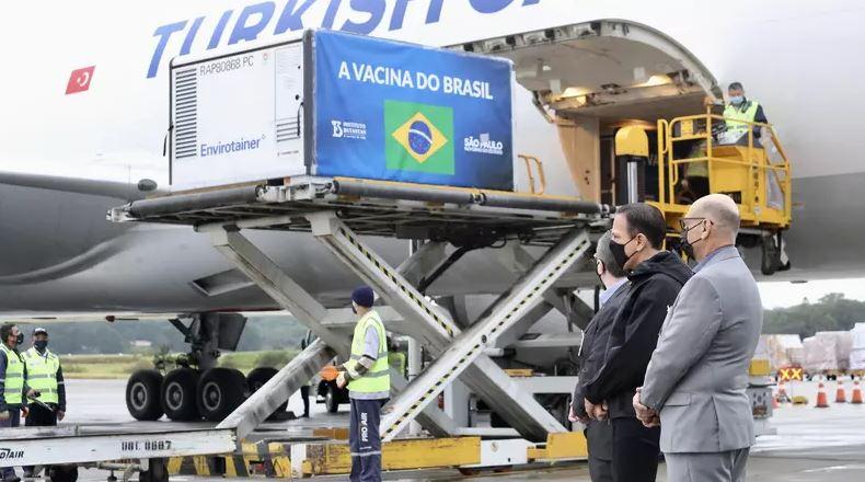 Entrega de vacinas em São Paulo
