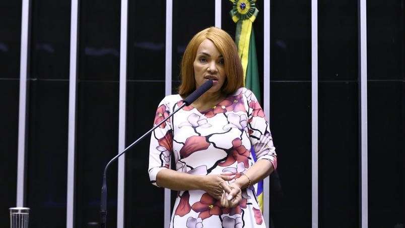 Flordelis durante sessão da Câmara que cassou o mandato dela