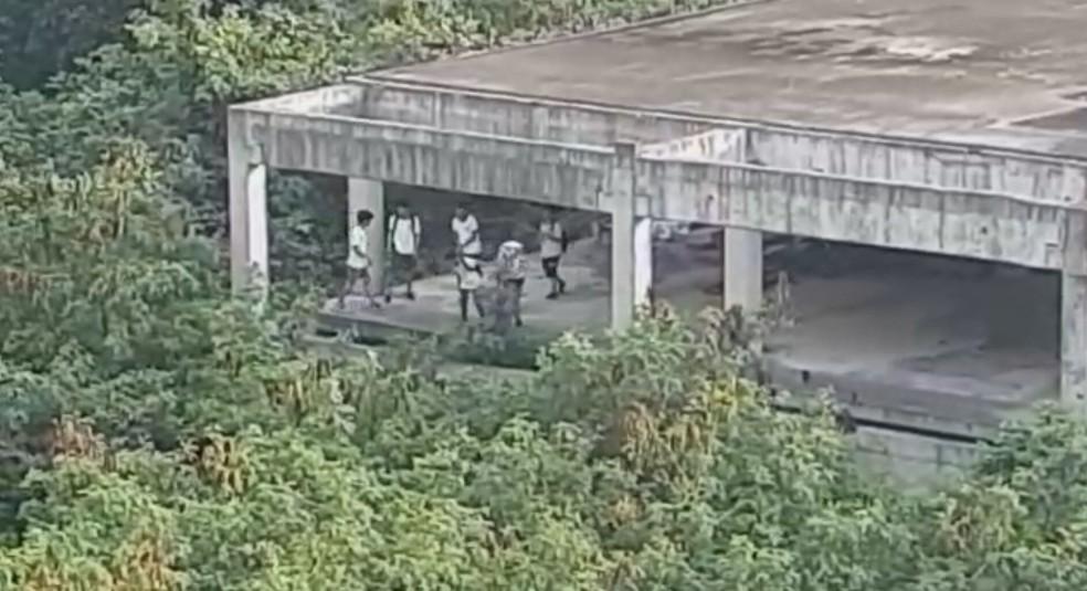 Adolescente cai no Itanhangá, na Zona Oeste do Rio