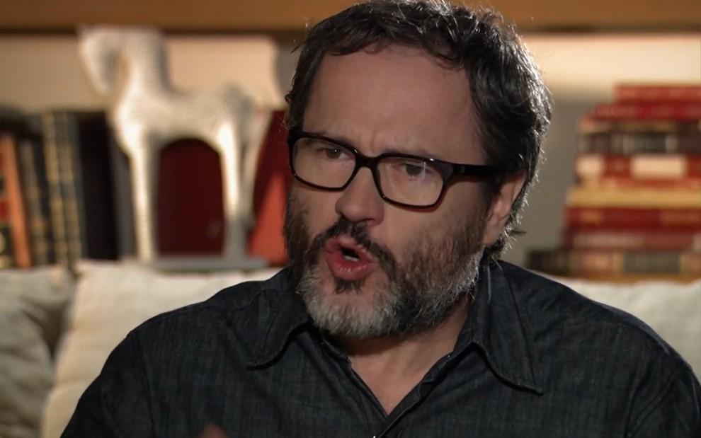 Na imagem, personagem Lourenço interpretado pelo ator Leonardo Medeiros