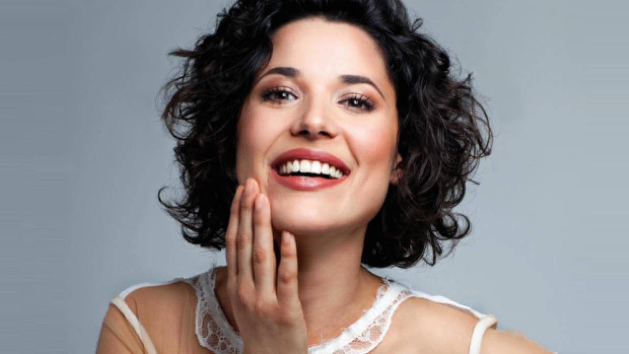 Angelina Muniz Nova manuela do monte é escalada para 'amor sem igual', seu