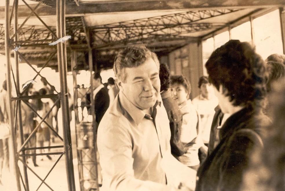 Lerner ficou internacionalmente conhecido pelo projeto de planejamento urbano e transporte integrado em Curitiba