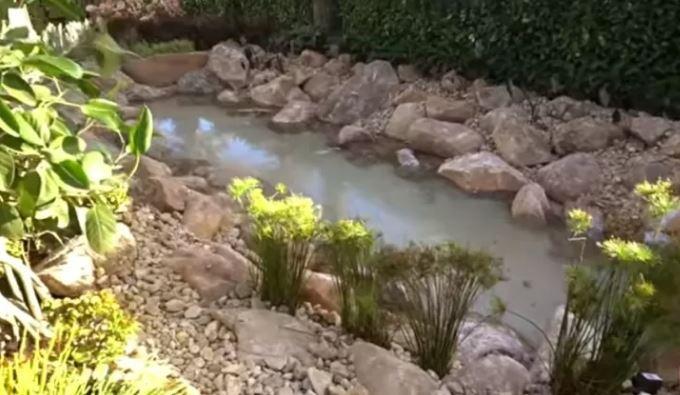 Lago artificial na mansão de Ana Hickmann