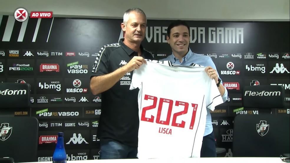 Lisca é apresentado no Vasco como novo treinador da equipe para a Série B