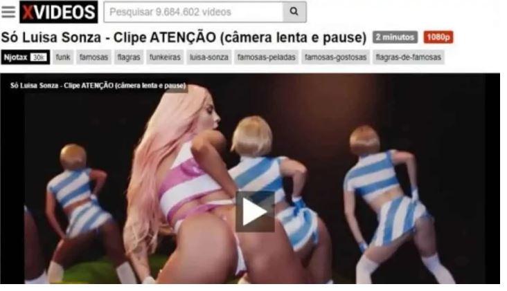 """Print do clipe """"Atenção"""", disponibilizada no site pornô XVídeos, em que a cantora Luísa Sonza aparece dançando e rebolando o bumbum"""