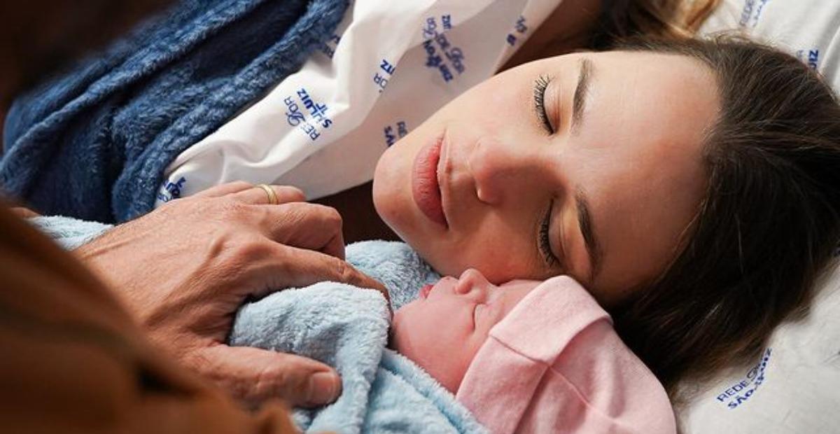 Nasce segunda filha de Thaeme Mariôto e Fábio Elias, Ivy