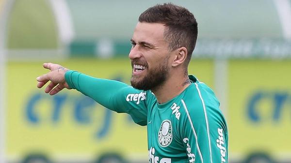 Lucas Lima em ação pelo Palmeiras