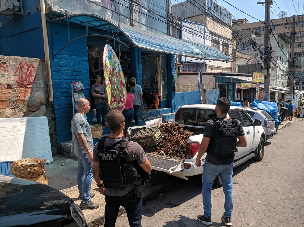 Tonelada de ferro furtado polícia civil