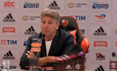 Renato Gaúcho reclama de baixas e diz: 'Quem tudo quer, nada tem'