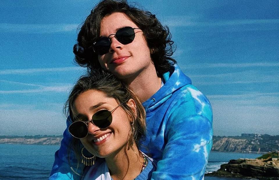 Sasha e marido João Figueiredo abraçados