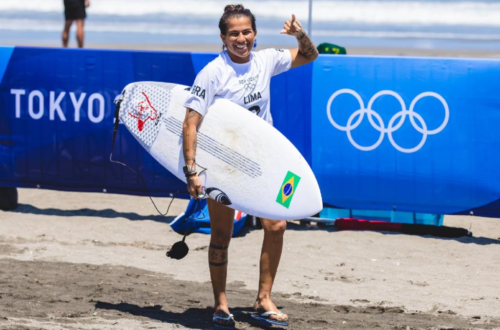 Silvana Lima é esperança de medalha no surfe feminino