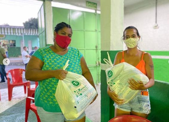 Entrega de cestas básicas na Imperatriz. Foto: Reprodução Instagram