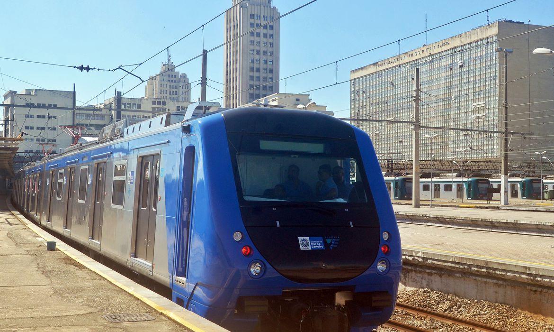 Imagem de trem da Supervia