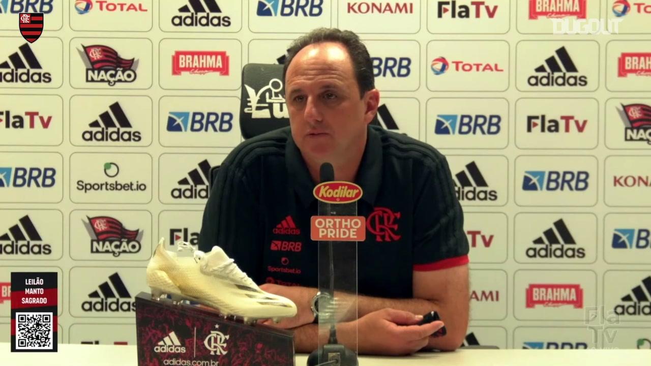 Técnico Rogério Ceni durante entrevista coletiva pelo Flamengo