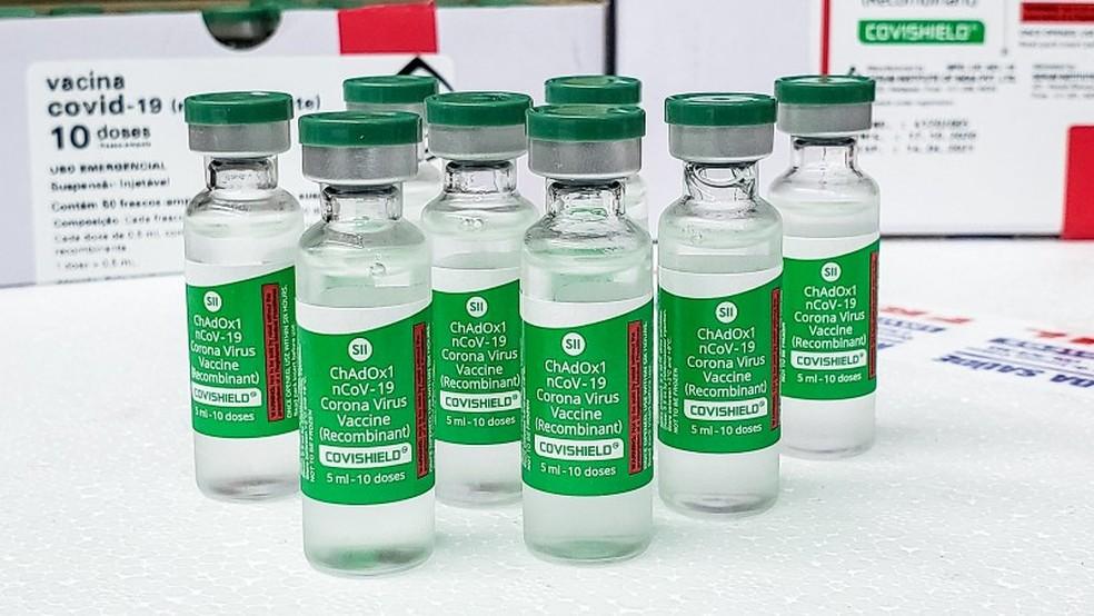 Frascos com vacina Oxford/AstraZeneca