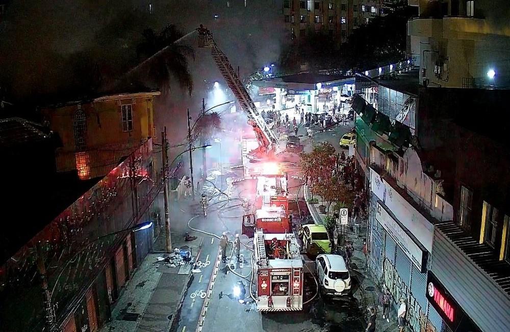 Imagem de um incêndio em Botafogo
