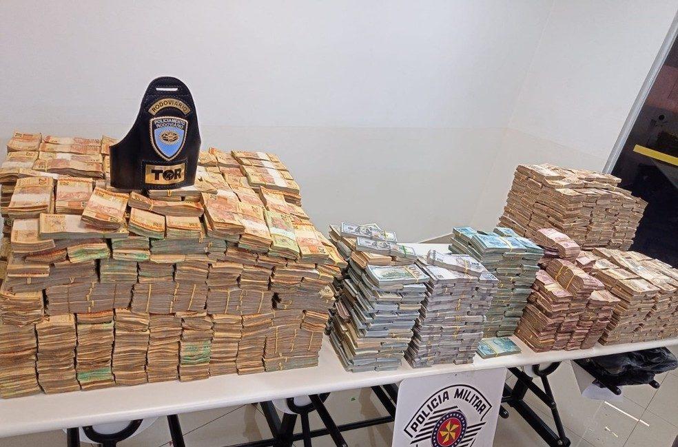 Quase 12 milhões em dinheiro, entre real e dólar, foram apreendidos em Presidente Prudente