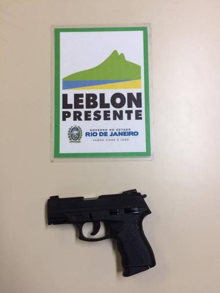 Imagem de uma arma Apreendida
